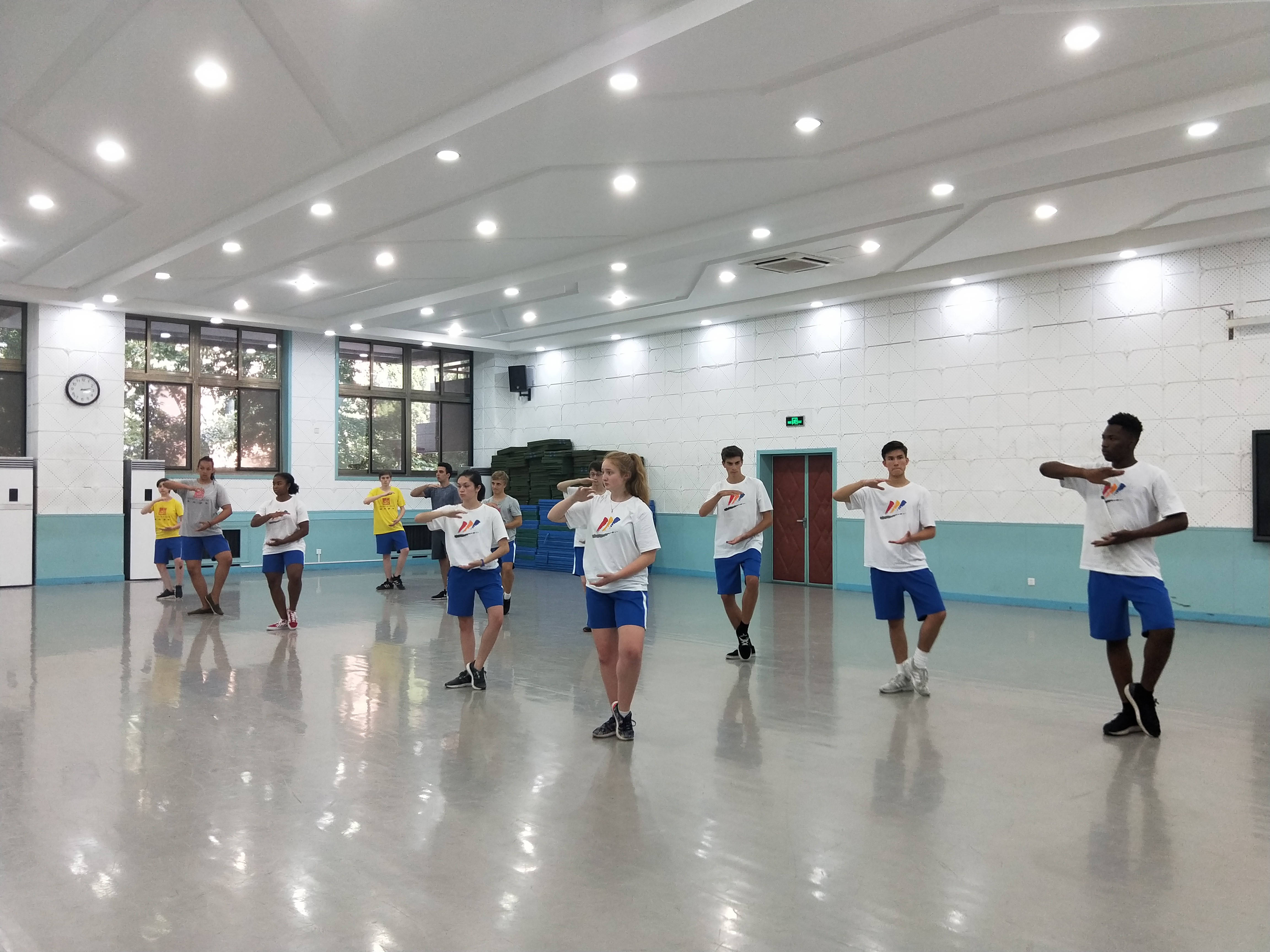 SYA China Summer students participate in Tai Chi Class